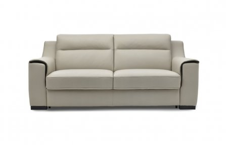 ספה לבנה מרופדת לסלון